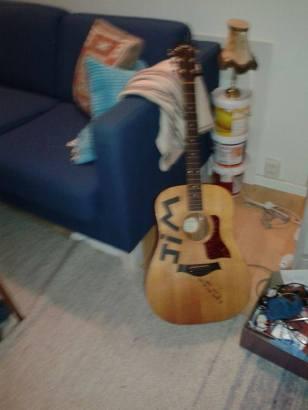 Jim's missing guitar